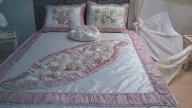 BUSMEK Sergisi Pembe Yatak Örtüsü
