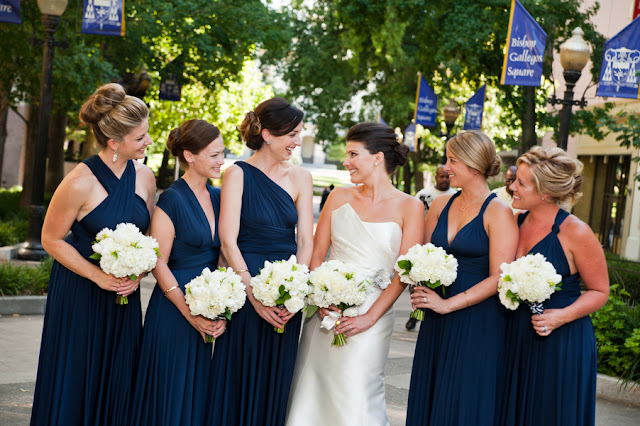 blue+white+navy+modern+simple+simplistic+classic+traditional+american+wedding+bride+groom+theme+silver+grey+gray+flower+girl+ring+bearer+nautical+sea+ocean+beach+bride+groom+bridesmaids+centerpieces+carmen+salazar+photography+6 - Navy & Gold