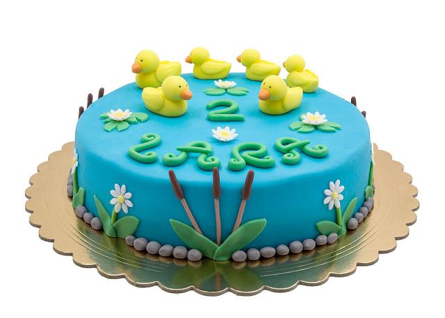 Duck fondant chocolate cake blog shot