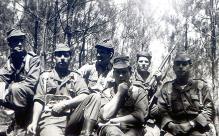 Guiné 63 74 - P12697  Recordações de um