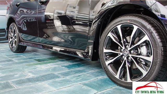 Giá xe, thông số kỹ thuật và đánh giá chi tiết Toyota Corolla Altis 2018 - ảnh 12