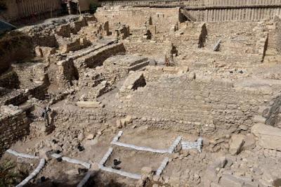 Benteng Yunani Kuno Acra Ditemukan di Area Parkir