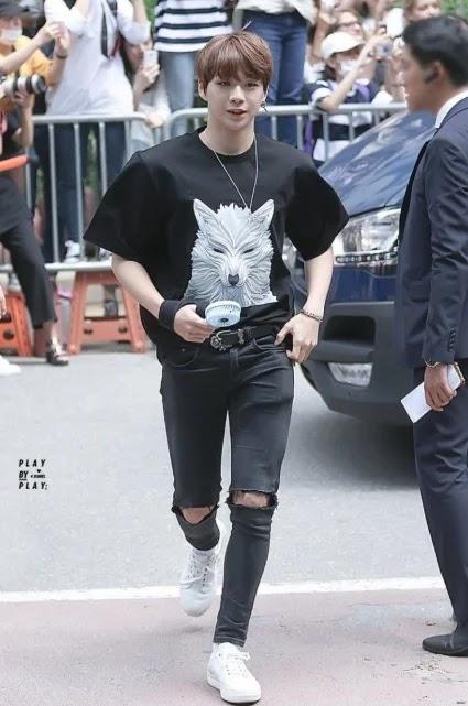 Menurut Wartawan Asal Korea Selatan, 4 Idola Kpop Ini Yang Paling Fashionable