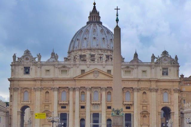 Basilica di San Pietro San Pedro en el Vaticano en Roma