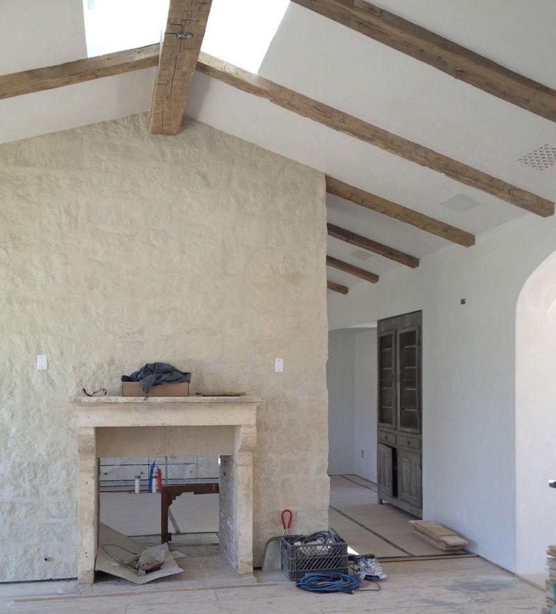 Inspiring interior design inspiration in modern French farmhouse - found on Hello Lovely Studio