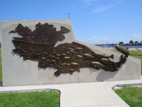 sport fishing sculpture