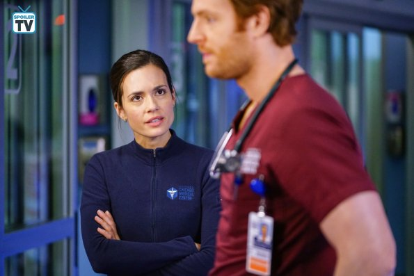 """NUP 185817 0518 595 Spoiler%2BTV%2BTransparent - Chicago Med (S04E14) """"Can't Unring That Bell"""" Episode Preview"""