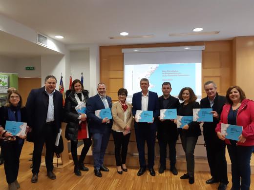 Climent presenta el plan para conformar un modelo de emprendimiento propio que aglutine todo el ecosistema valenciano y que promueva 'la cohesión social, territorial y el desarrollo sostenible'