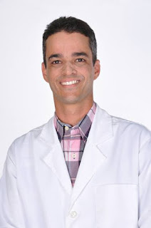 Dr. Patrick Rocha (Dr. Rocha)