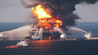 انفجار على متن سفينة - أرشيفية