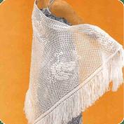Chal con grandes hojas a Crochet