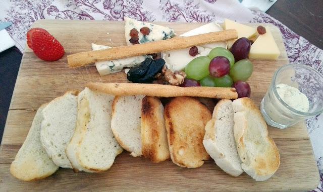 Media ración de quesos, azotea El Paracaidista