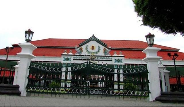 4. Keraton Yogyakarta