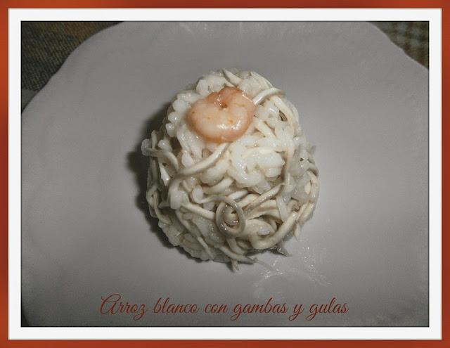arroz blanco con gambas y gulas
