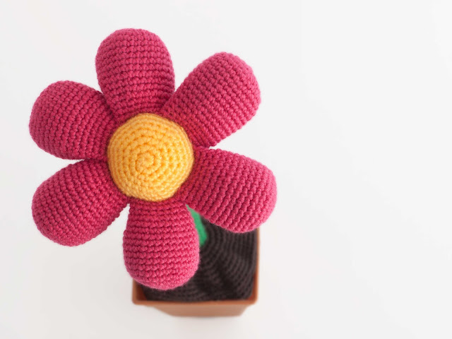 amigurumi-flor-flower-patron-gratis-free-pattern