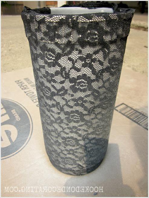 Ваза для цветов из глиняного горшка.