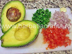 Guacamole sos de avocado preparare reteta - legumele tocate