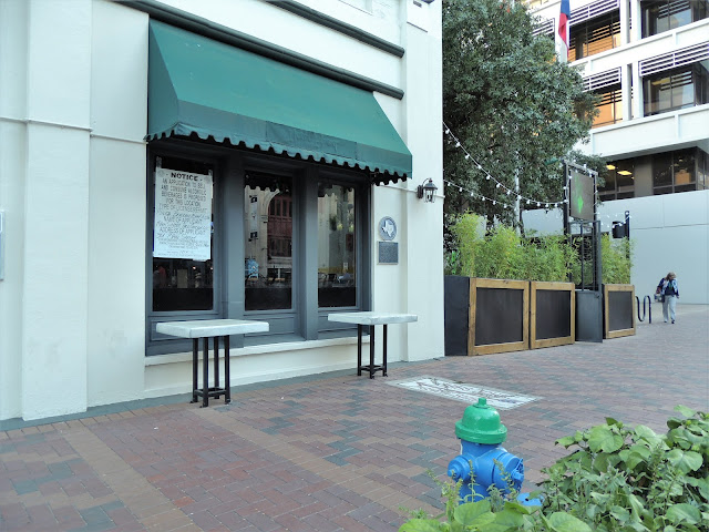 New Mexican Restaurant with patio coming at 301 Main @ Congress
