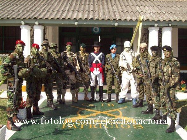 50211c773032d La boina aparece como prenda militar en forma muy temprana en la historia  de la vestimenta militar. Se tiene conocimiento de ella
