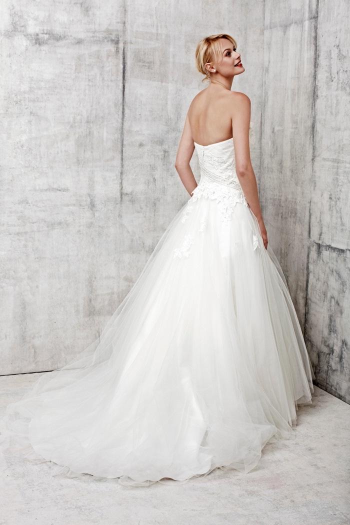 2017 Benjamin Roberts Wedding Dresses