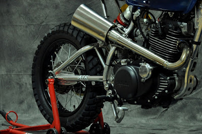 "Yamaha SR 250 ""cantilever"" by XTR Pepo"