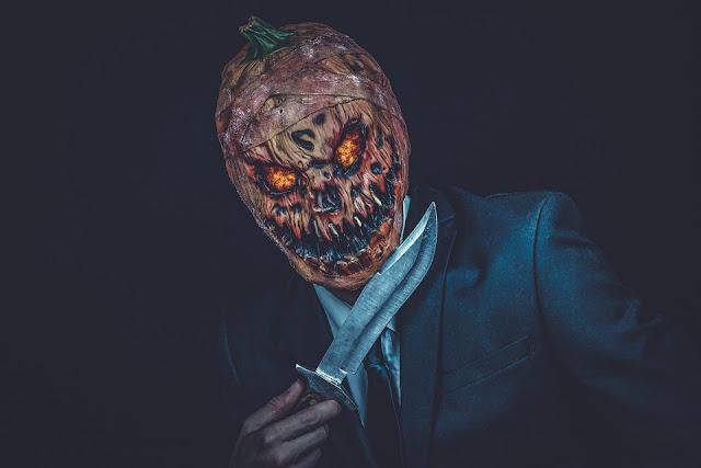 watch your favourite halloween movie
