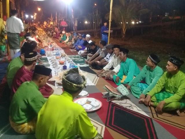 Lestarikan Budaya Melayu Pontianak, Warga Kelurahan Tambelan Sampit  Gelar Makan Saprahan