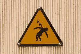 Bahaya Yang Harus Dihindari Saat Mereparasi Barang Elektronik