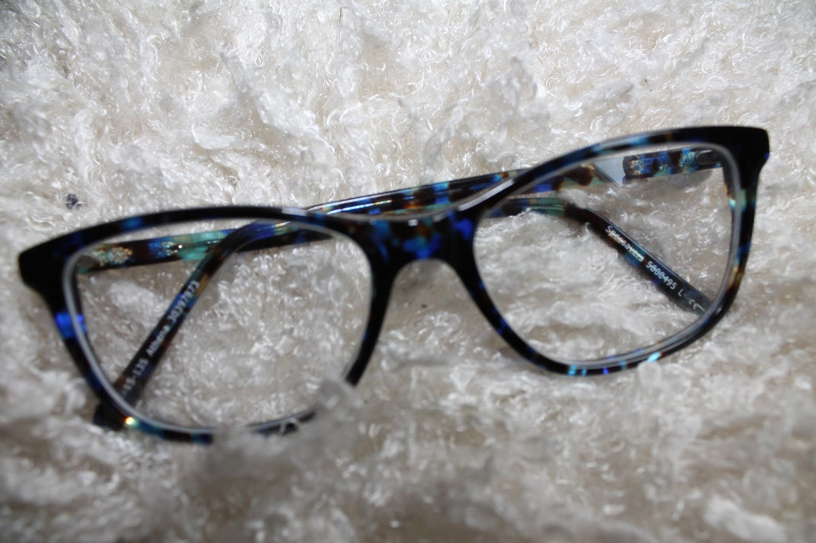 Broken Glasses Frame Specsavers : My glasses Love-laughter-fashion