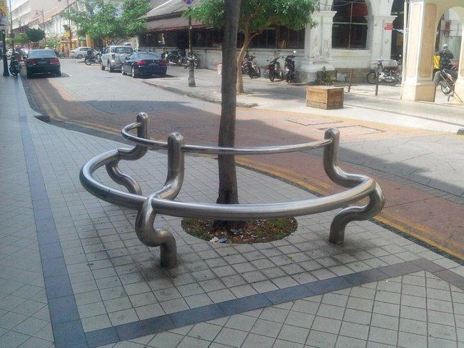Скамейка из трубы