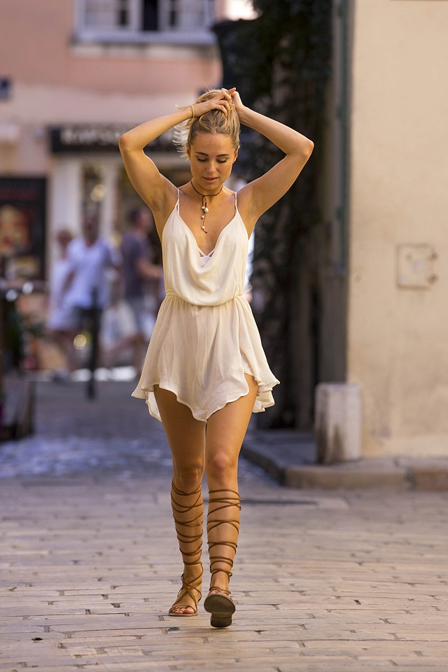 Kimberley Garner bares pert posterior out and about in St. Tropez