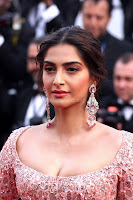 Sonam Kapoor looks stunning in Cannes 2017 038.jpg