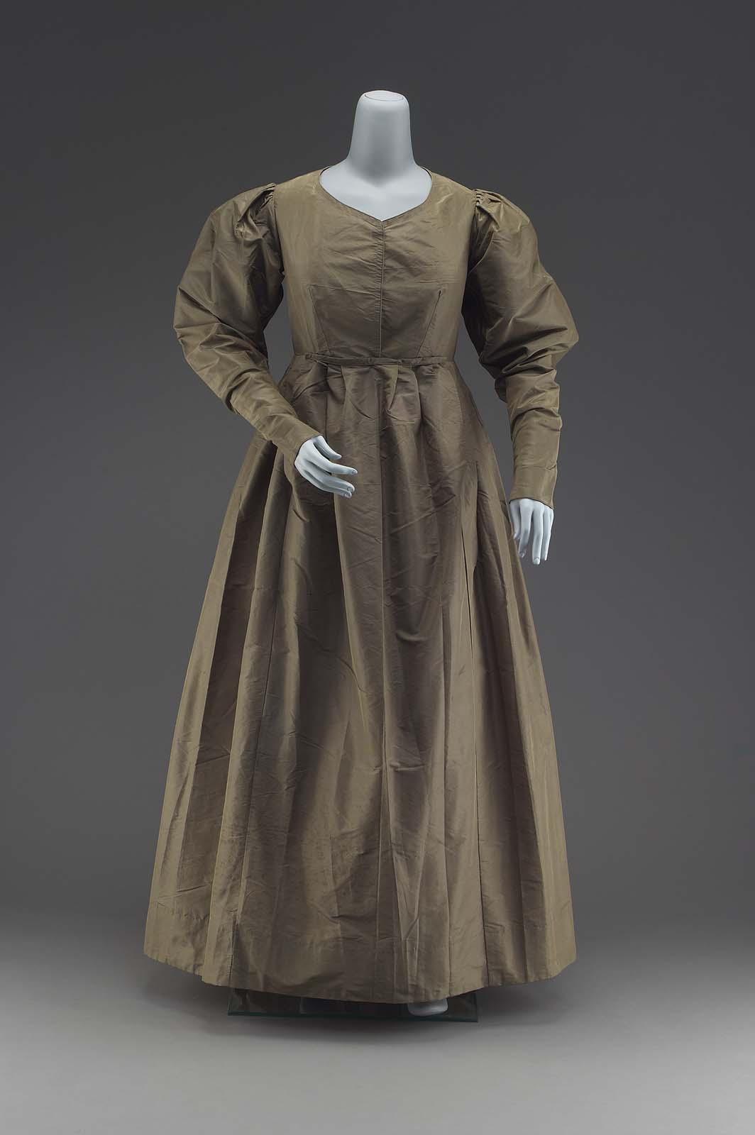 Quakers clothing