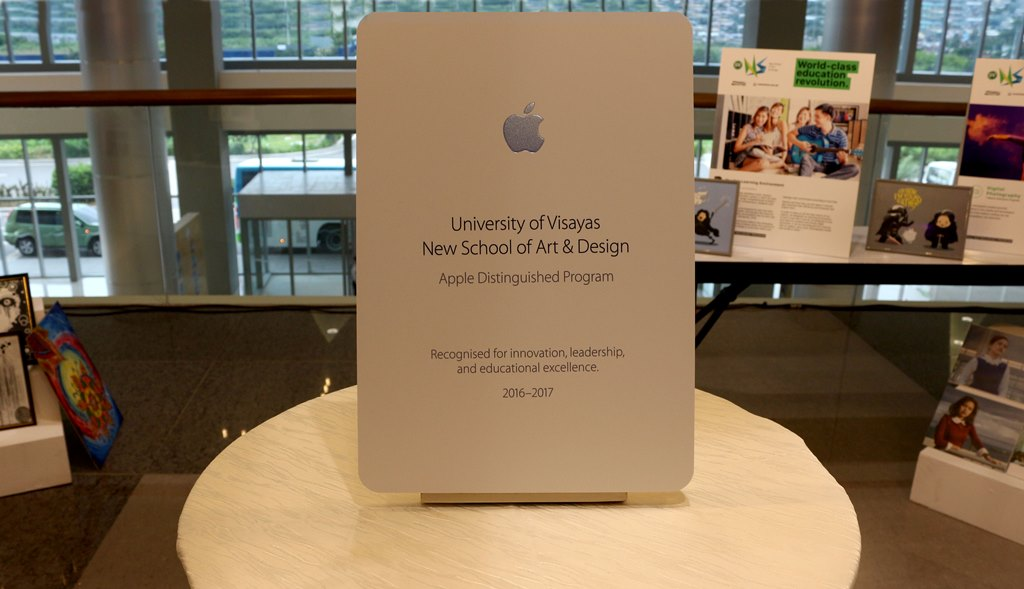 The University of Visayas New School of Art & Design is recognized as an Apple Distinguished Program for 2016-2017.