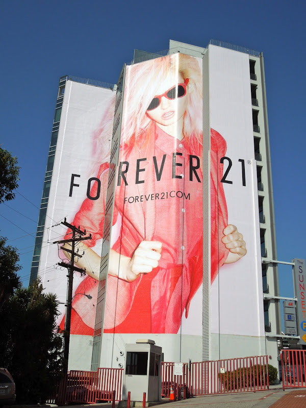 Giant Forever 21 billboard