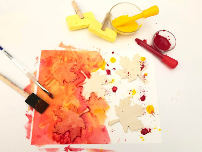 Make beautiful autumn leaves with this color mixing art project for kids