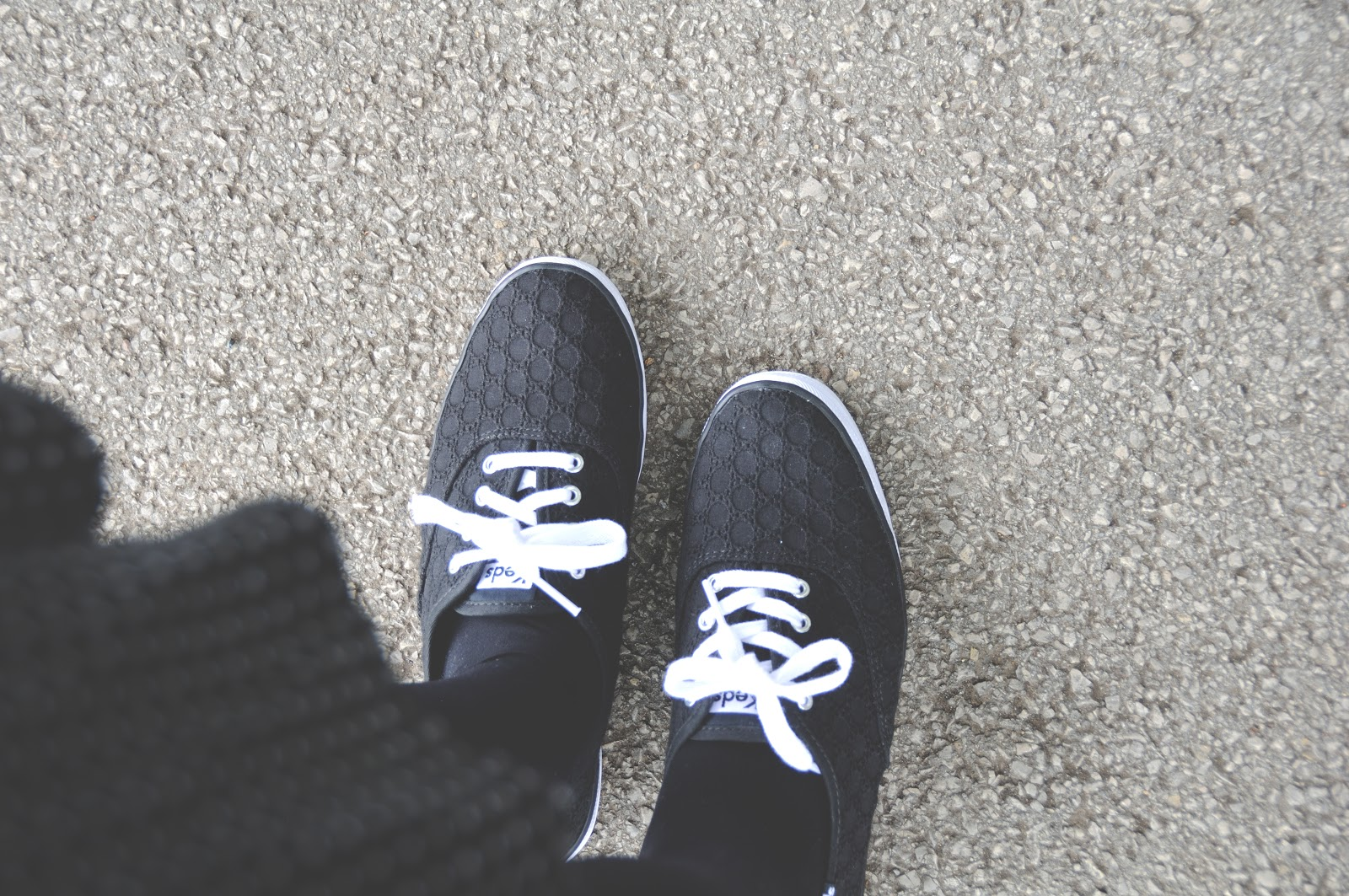 keds champion pumps in black