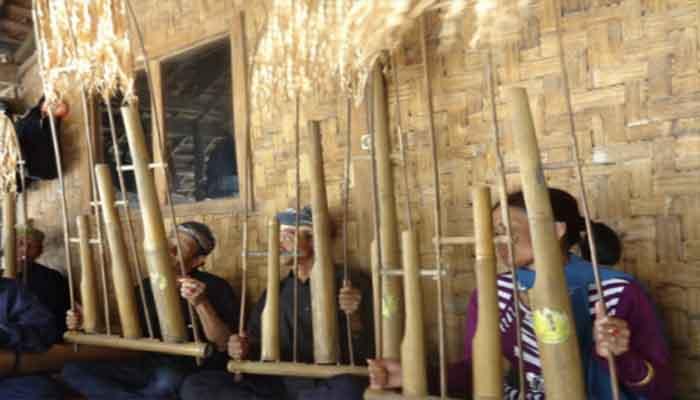 Angklung Badeng
