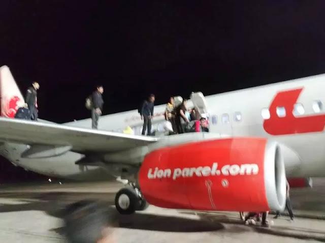 Detik-Detik Penumpang Lion Air Berhamburan Keluar Pesawat Usai Diancam Bom