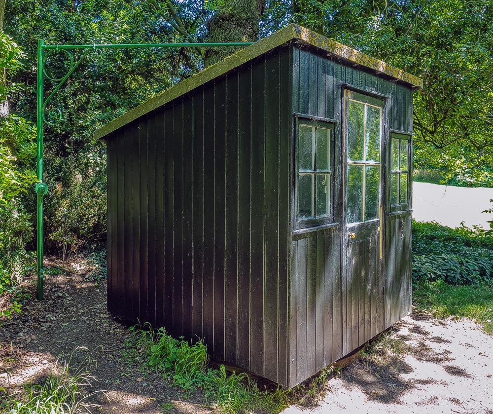 the hopeful traveller george bernard shaw s writing hut humble though it appears shaw s shed is also perfectly located tucked at the bottom of his country garden in the small village of ayot st lawrence
