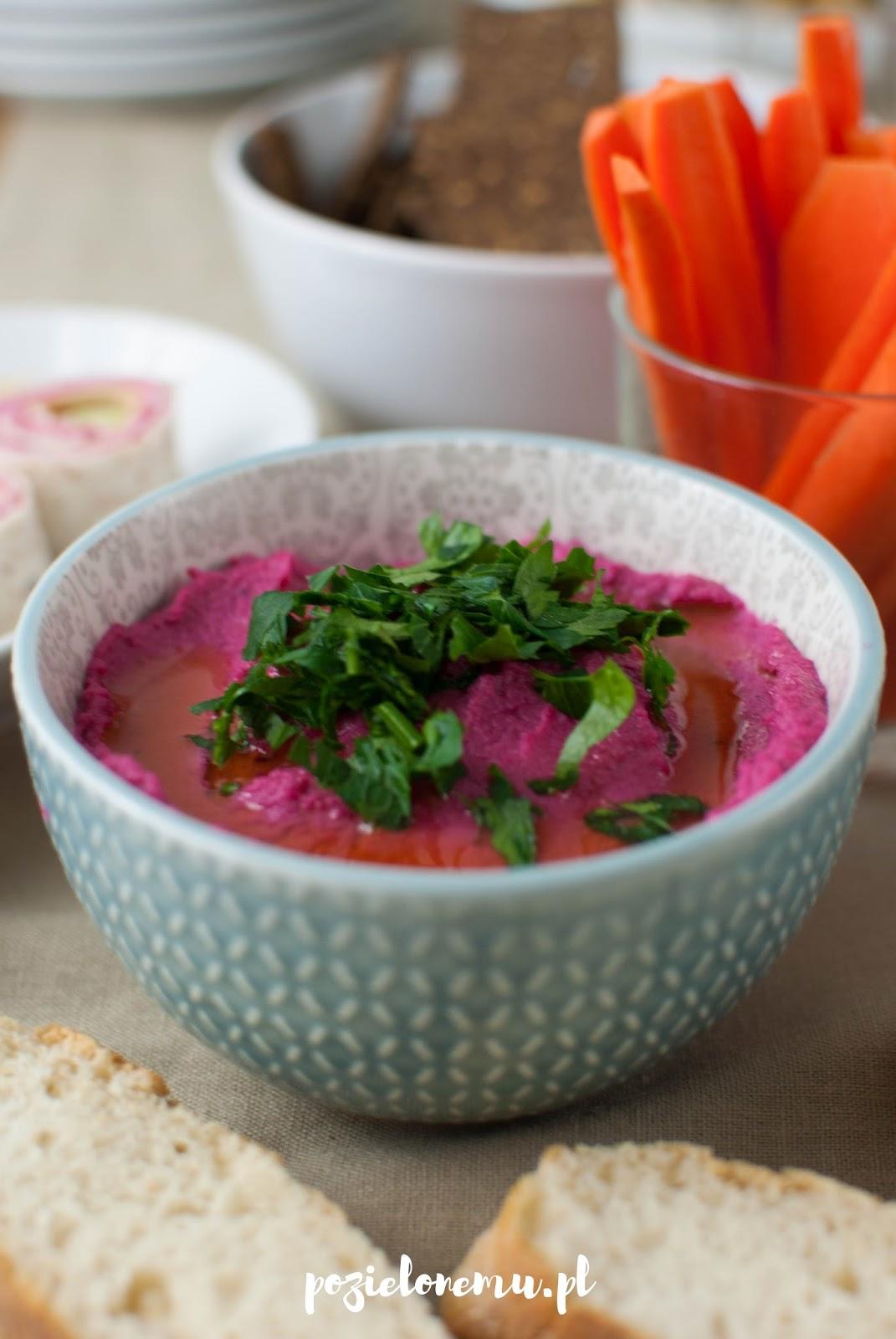 Hummus w wersji pink (z burakiem)