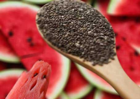 Manfaat Biji Semangka Untuk Kesehatan Tubuh