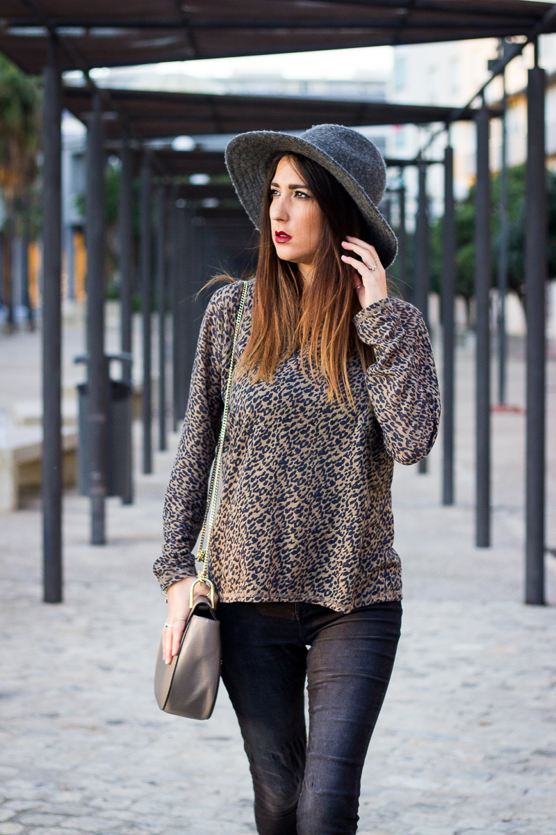autumn animal print