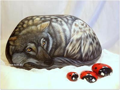 prezzi sassi dipinti lupo