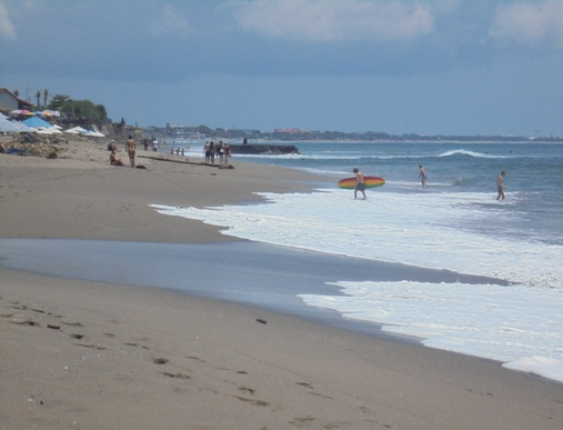 Old Man's Surf Canggu, Old Mans Surf Break Bali, Old Man's Beach Canggu Surf