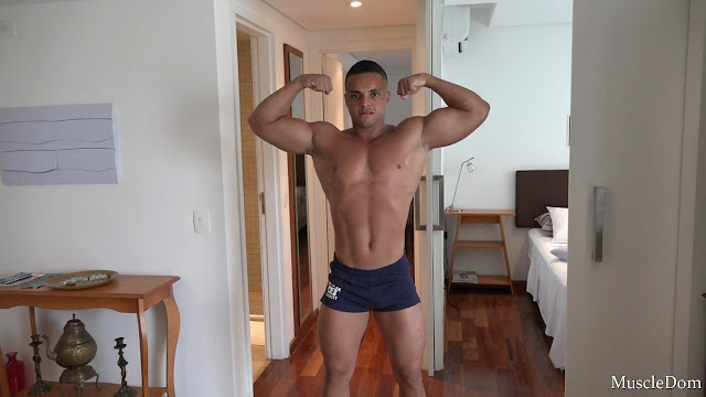 MuscleDom - Terry