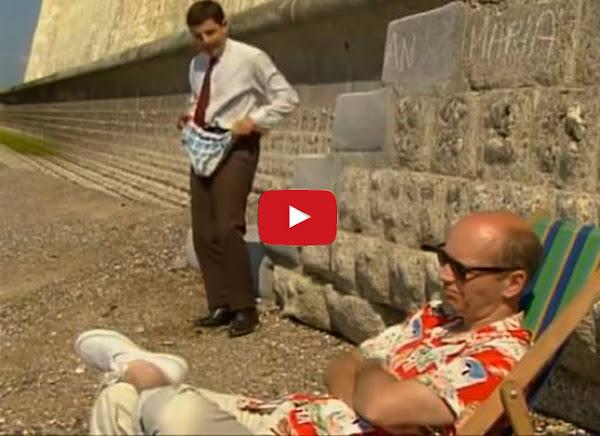 Cómo ponerse la ropa interior sin quitarse los pantalones - Mr Bean