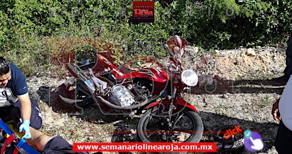Motociclista temerario se estrella luego de estar rebasando a exceso de velocidad