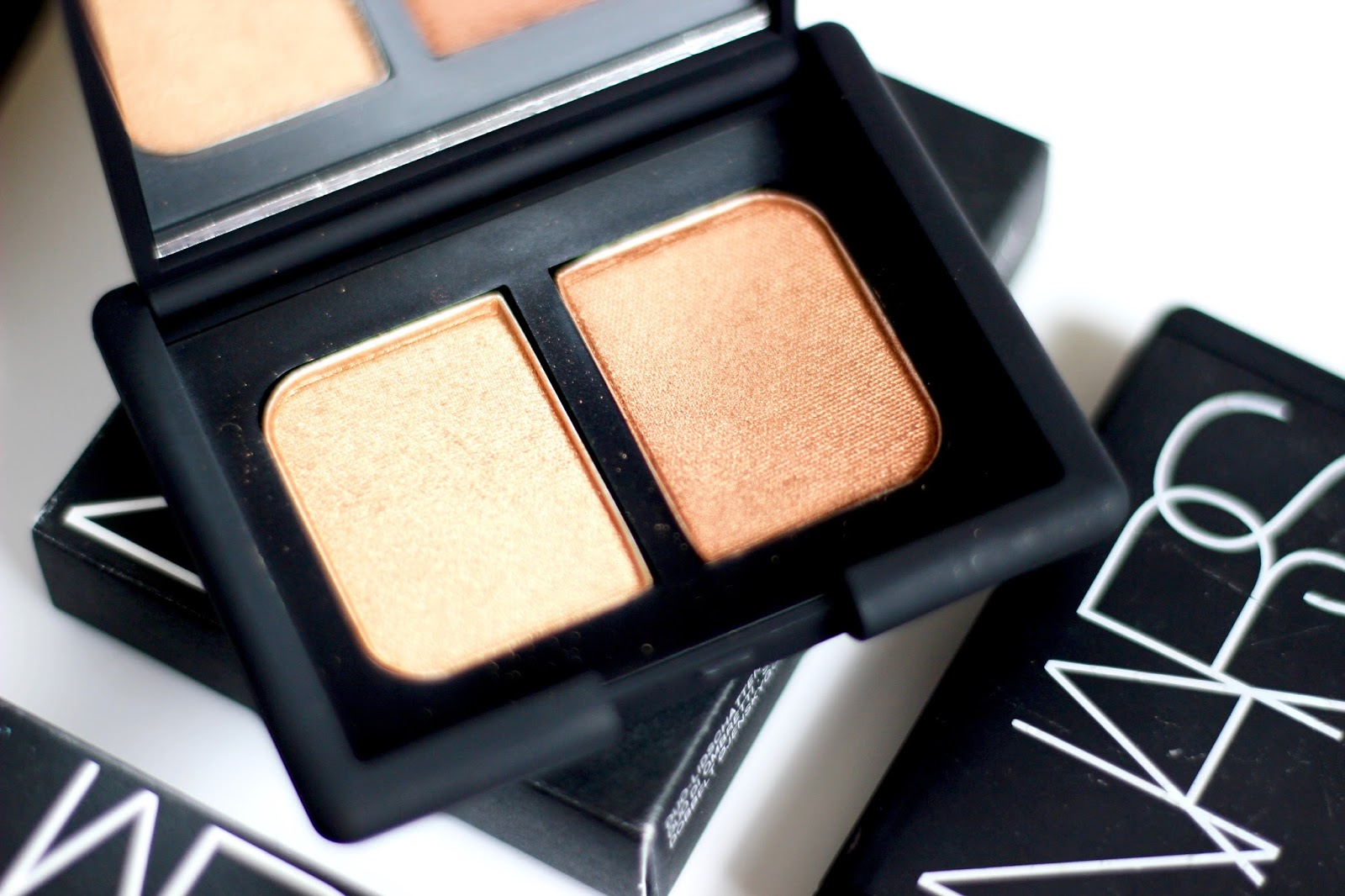Nars eyeshadow duo Isolde