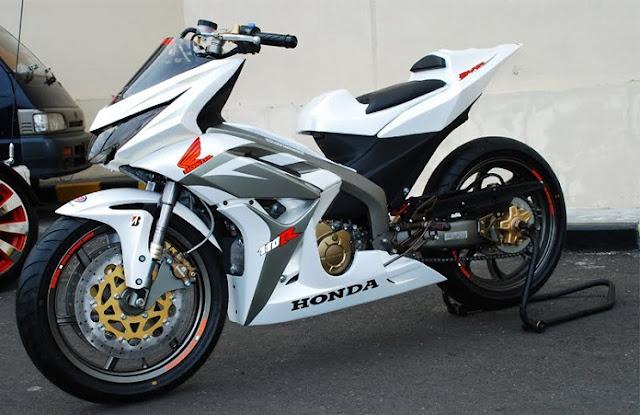 Foto modifikasi motor blade repsol 125 warna stiker skotlet motor blade ceper atau drag